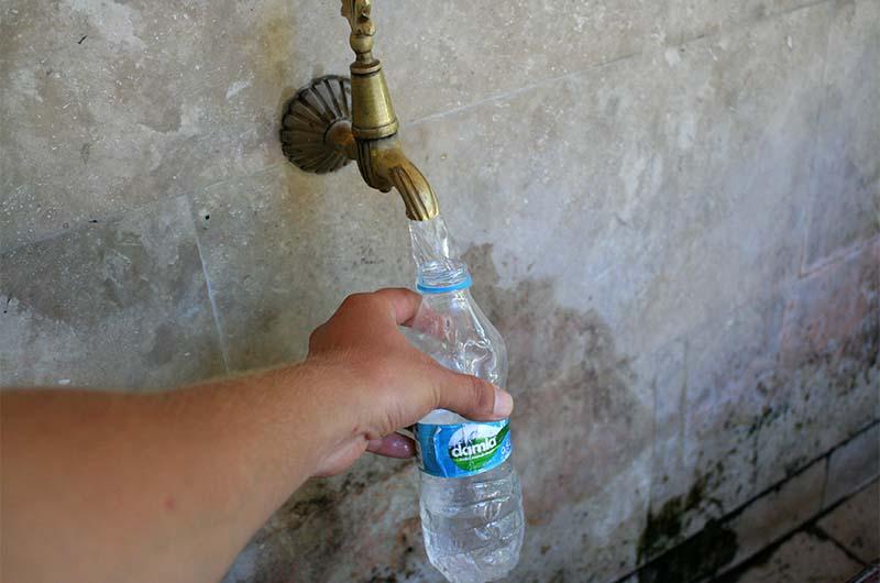 Питьевая вода в мечети