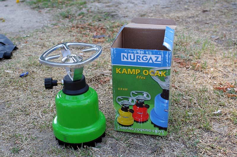 Газовая горелка, которую можно купить в Турции. Очень неудобный вариант.