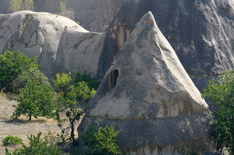 Скальное жилище  в долине Любви-1.