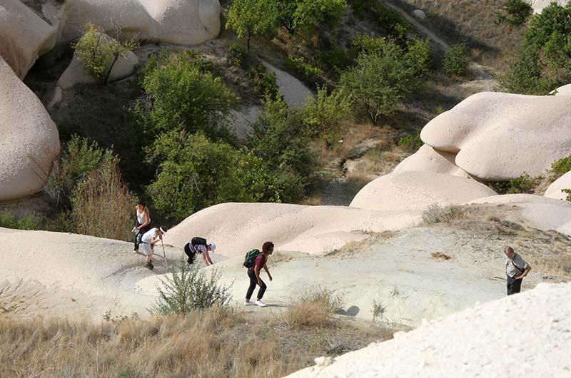 Большой набор высоты при выходе из Медовой долины на плато.