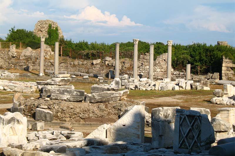Руины старого города Сиде.