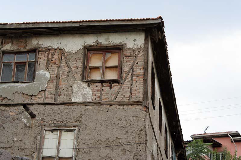 Дом в трущобной части крепости.