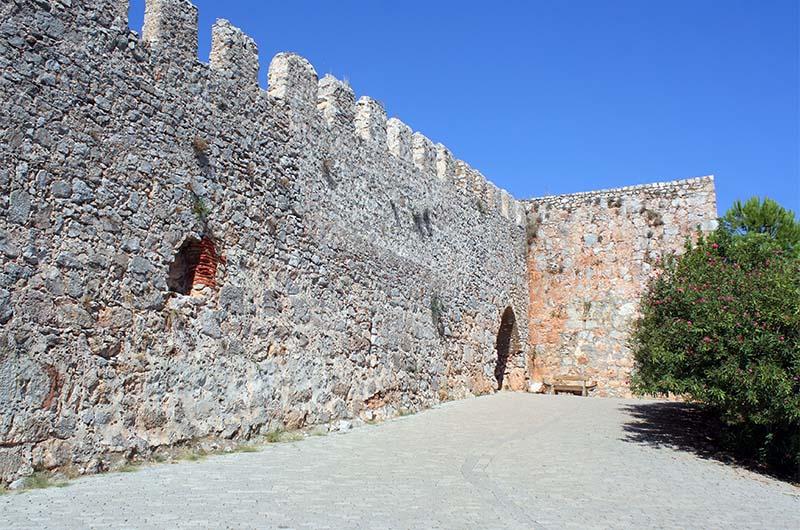 Стена внутренней крепости Ичкале.