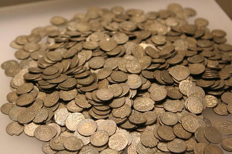 Монеты из клада.