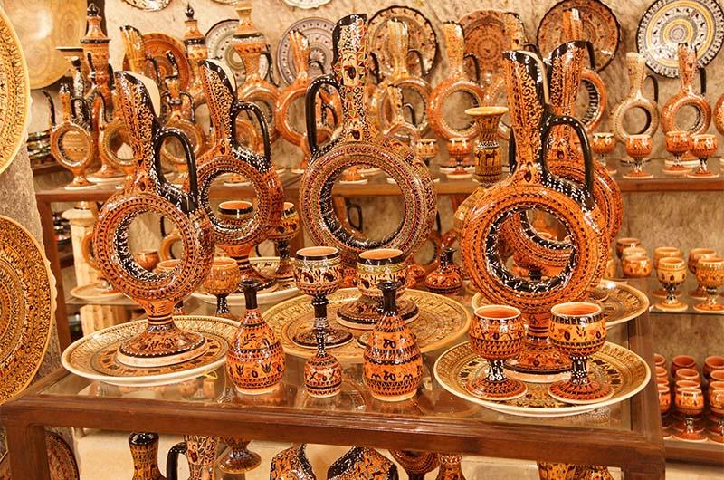 Хеттские винные сосуды в одной из гончарных мастерских Аваноса.