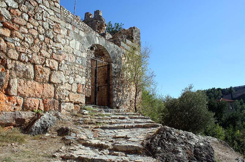Вход в крепость Эхмедек.