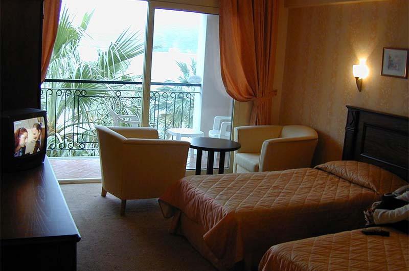 Номер в 2-звездочном отеле Candan Beach Hotel в Мармарисе.